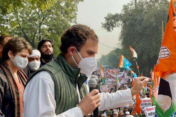 Rahul Gandhi seeks public support for campaign in favour of farmers
