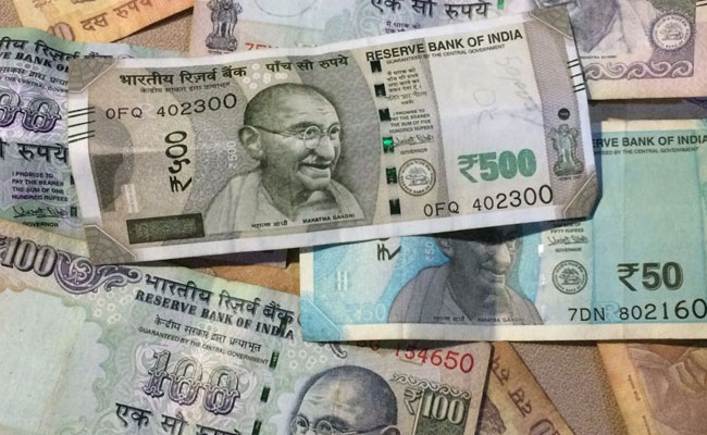 Indian Rupee sinks to new low of 72.91, drops 22 paise against USD