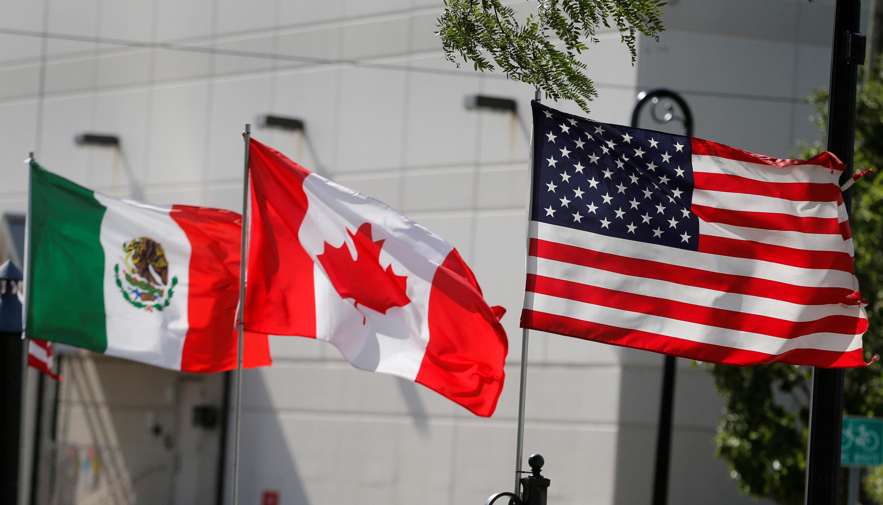 Donald Trump hails new USA-Canada-Mexico trade pact