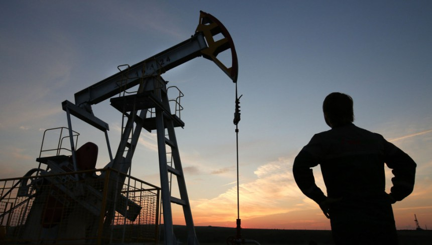 Donald Trump thanks Saudi Arabia for lower oil prices