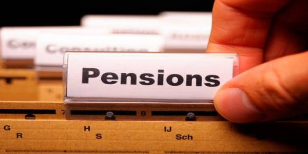 7th pay commission: Retired BSNL, MTNL staff hold strike for pension revision
