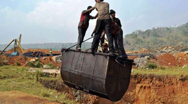 Supreme Court bans transportation of extracted coal lying at various sites in Meghalaya