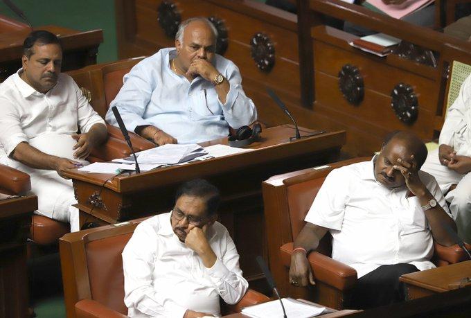 Kumaraswamy loses confidence vote in Karnataka Assembly