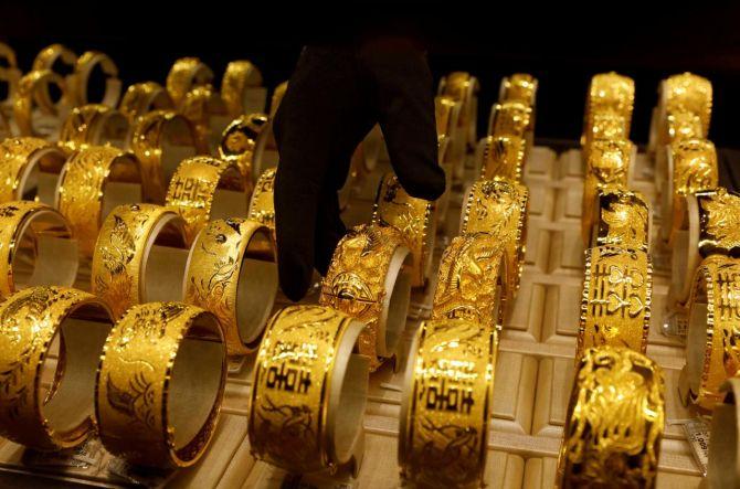 Economic slowdown hit jewellery and apparel sales this Diwali: Report