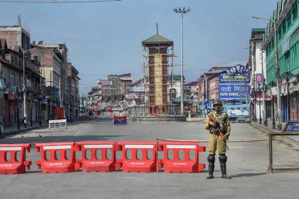 Normal life remains hit in Kashmir for 83rd day
