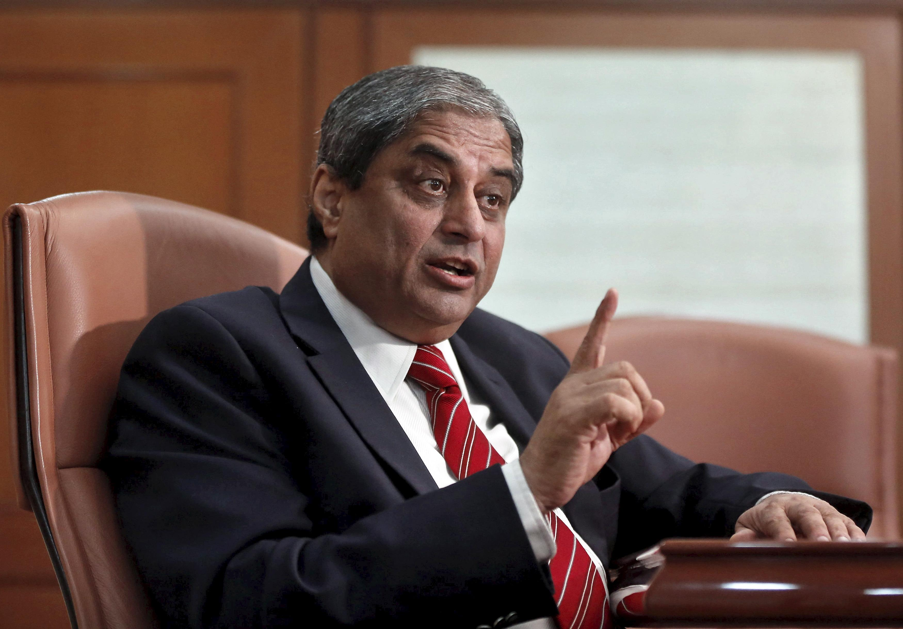 HDFC Bank finalises three candidates to succeed Aditya Puri