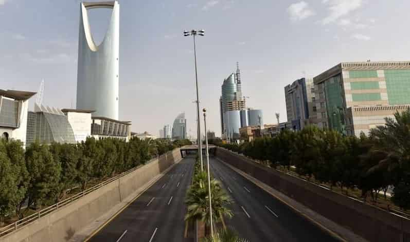 Saudi Arabia extends coronavirus curfew indefinitely