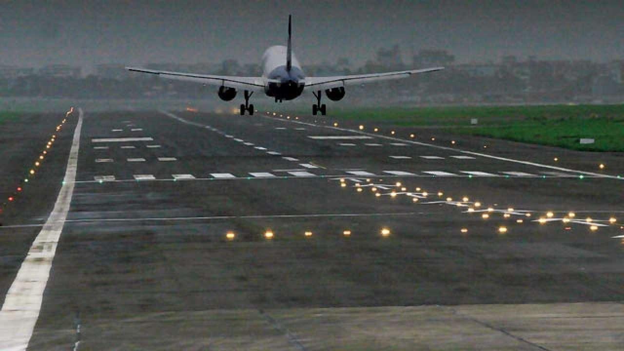 India suspends domestic, international flights till May 3