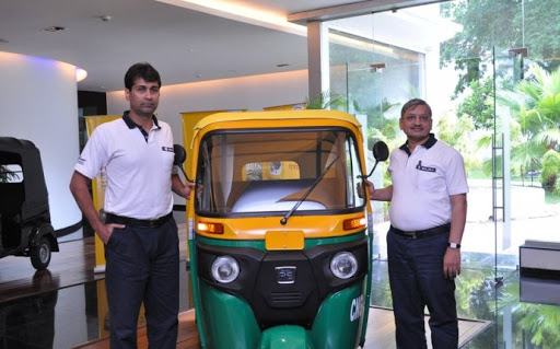 Bajaj Auto commences re-opening of dealerships across India