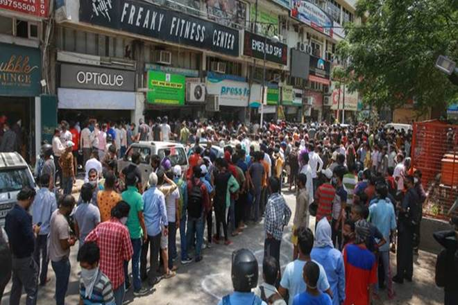 Delhi government imposes 70% 'special corona fee' on liquor from today