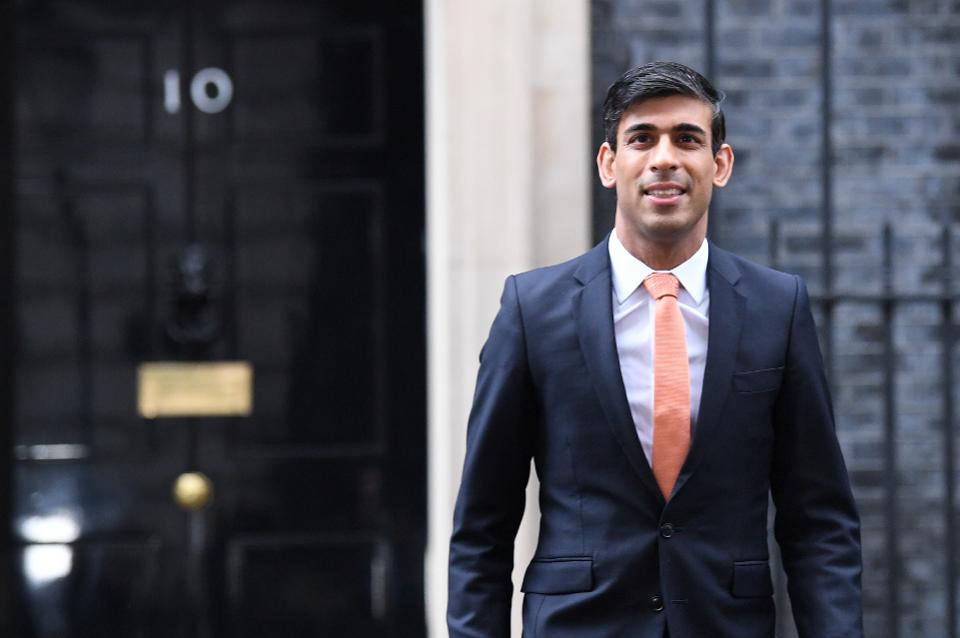 UK lawmakers urge Rishi Sunak to add 1 million workers to income schemes