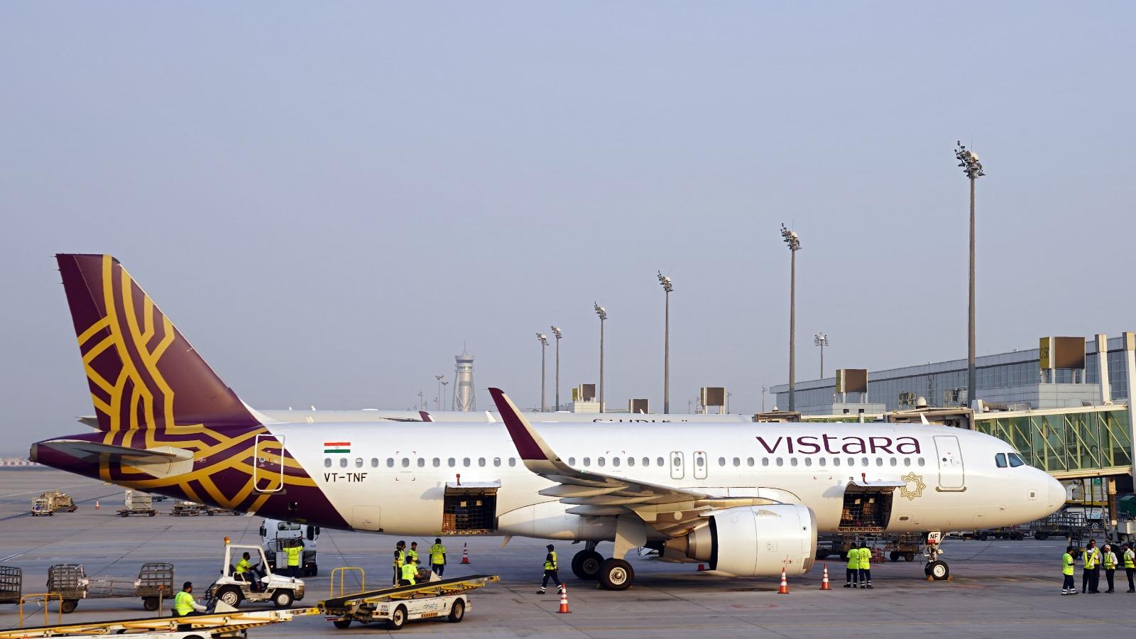 Vistara in talks with Boeing to defer deliveries of Dreamliner planes