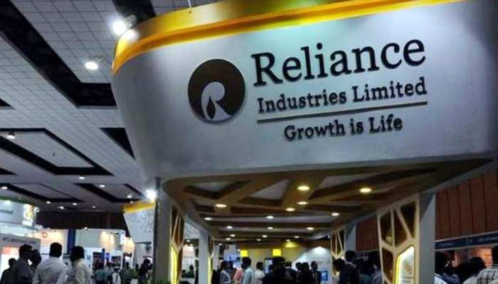 """At over Rs 53,000 crore,Reliance Industries Limited achieves successful closure of India""""s biggest rights issue"""