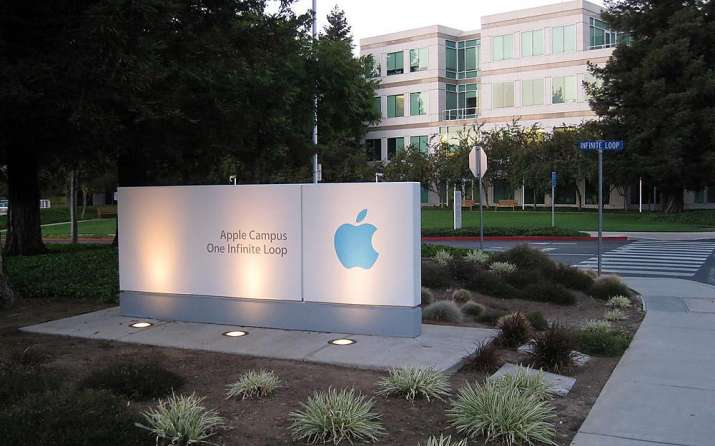 Apple becomes first US company to top $2 trillion in market value