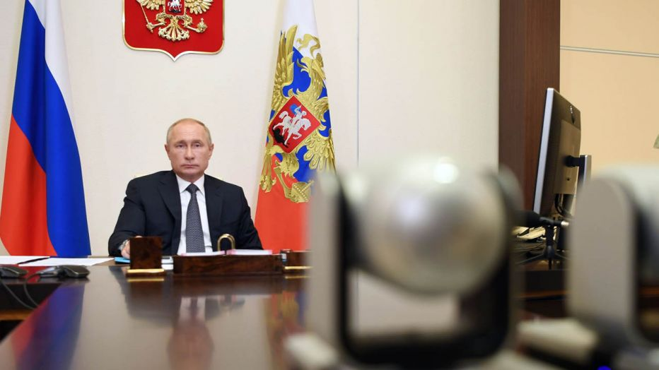 Russia approves first Covid-19 vaccine for use,President Vladimir Putin says his daughter inoculated