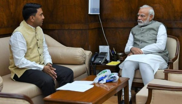 Pramod Sawant meets Narendra Modi, discusses mining among other issues