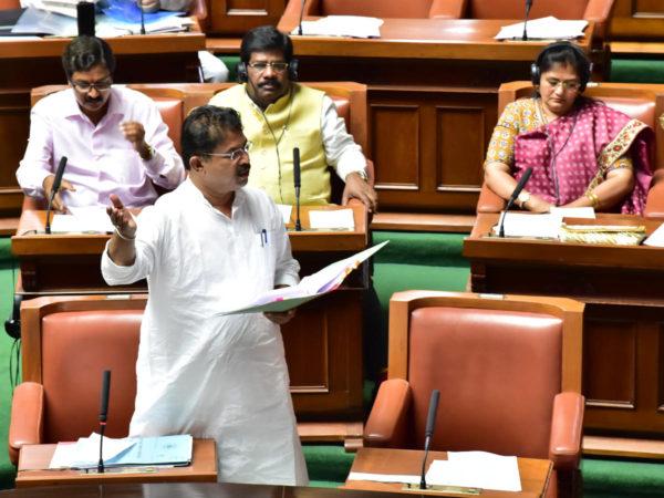 Karnataka passes nine Bills in just three hours
