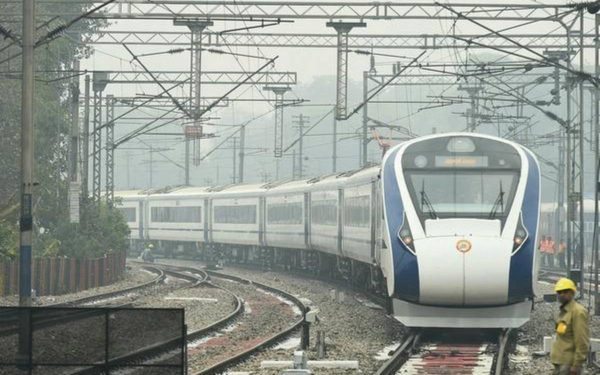 Fresh tenders issued for manufacturing of Vande Bharat trains