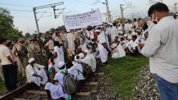 Jharkhand: Tribals' agitation causes over Rs 100 crore loss to Railways