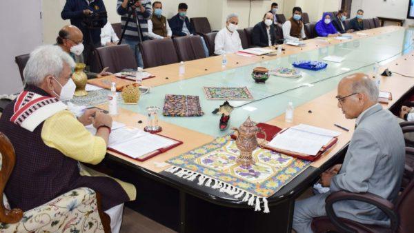 Jammu and Kashmir ties up with Flipkart to promote hadicraft, handloom products