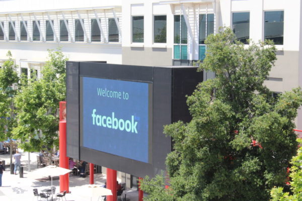 Facebook user base declines in US as company posts $21.4 billion sales in Q3