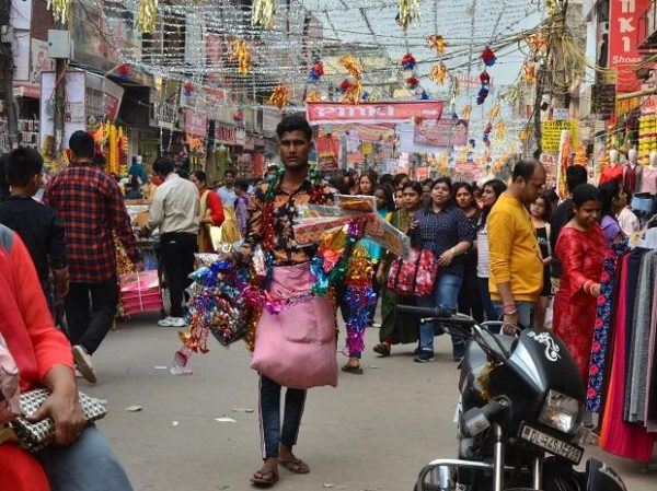 Diwali sales at Rs 72,000 crore, amid 'boycott' of Chinese goods