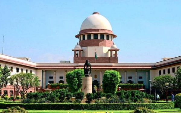 Supreme Court tells Airtel, Vodafone to give TRAI details of segmented offers