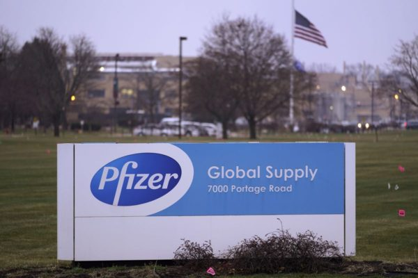 US allows Pfizer COVID-19 vaccine; Donald Trump says it will be free for all Americans