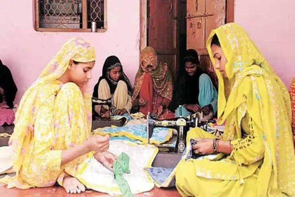 Uttar Pradesh government transfers over Rs 445 crore to 97,663 SHGs