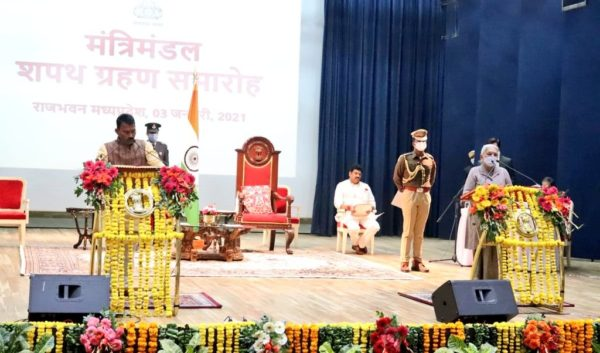 Shivraj Singh Chouhan expands his cabinet, 2 Jyotiraditya Scindia loyalists return as ministers