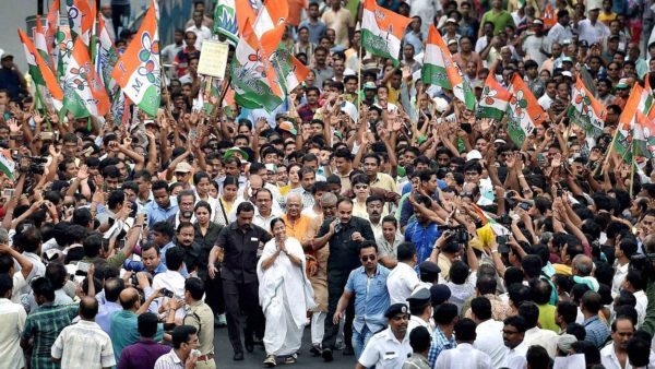 India should have four capitals on a rotation basis: Mamata Banerjee