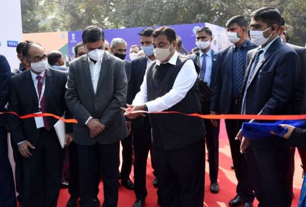 Nitin Gadkari launches 'Go Electric' Campaign in presence of Power Minister RK Singh