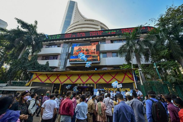 Sensex tanks 435 points; Nifty gives up 15K