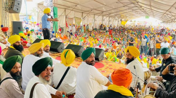 Farmers to march on foot to Parliament in May: SKM
