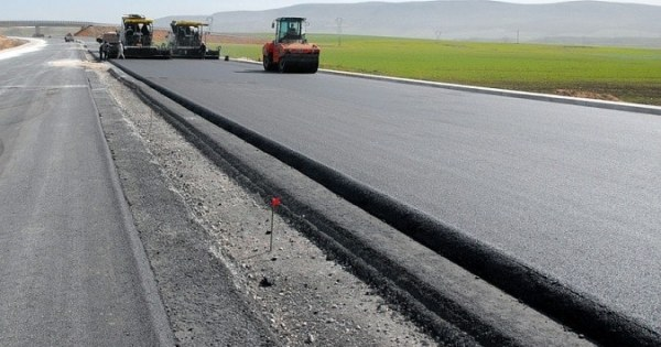 India targets road construction worth Rs.15 lakh crore in next two years