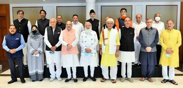 Want to remove 'Dilli ki duri' as well as 'Dil ki duri' with Jammu and Kashmir: Narendra Modi