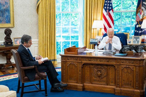 Joe Biden signs competition order targeting big business