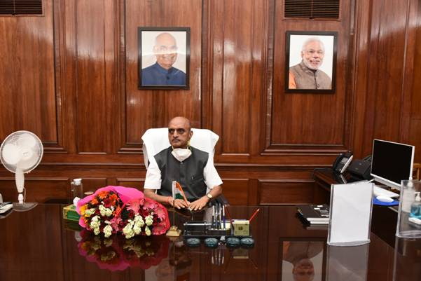 Bhagwat Kishanrao Karad takes charge as Minister of State in the Ministry of Finance
