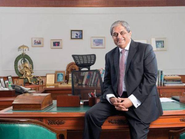 HDFC Bank's Aditya Puri highest paid, ICICI Bank Sandeep Bakshi forgoes salary in Covid-19 year