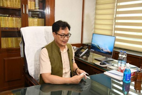 Kiren Rijiju takes charge as Minister of Law & Justice