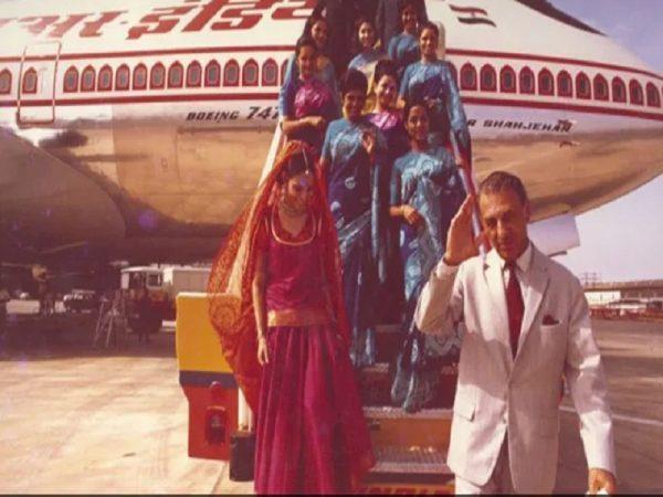 Tatas retakes Air India, makes Rs 18,000 crore winning bid
